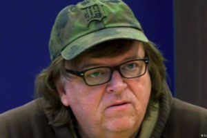 Michael Moore se surpreende com Direitos Sociais na Itália